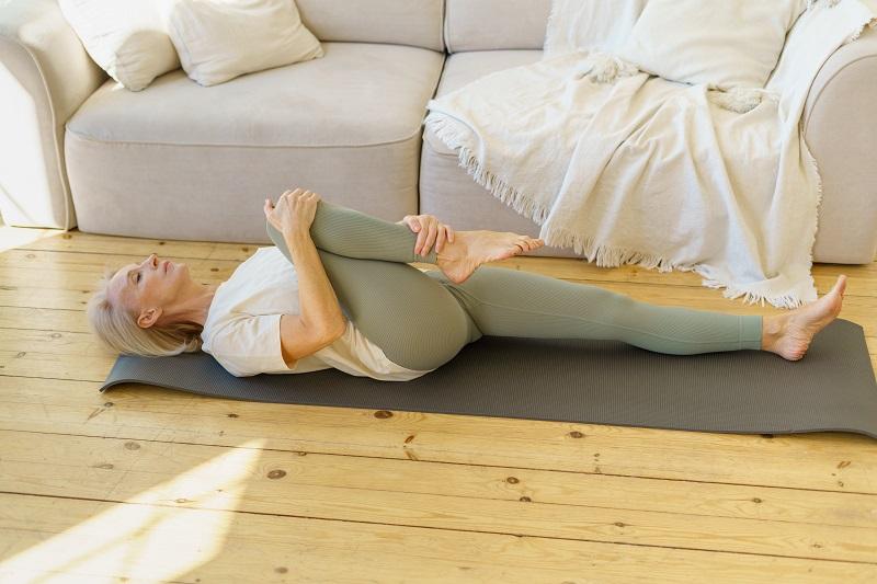 jóga gyakorlat otthon